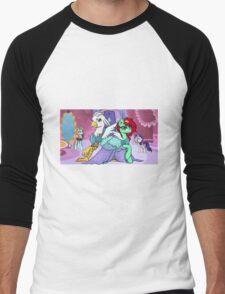 Sassy Silver Quill Men's Baseball ¾ T-Shirt