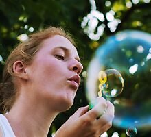 Bubble in a bubble by Karen Havenaar