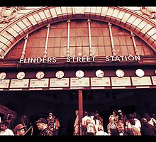 Flinder's Street Station by Nic3ky