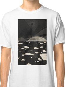 the white shore Classic T-Shirt