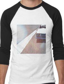Headlight lamp vintage classic car Men's Baseball ¾ T-Shirt