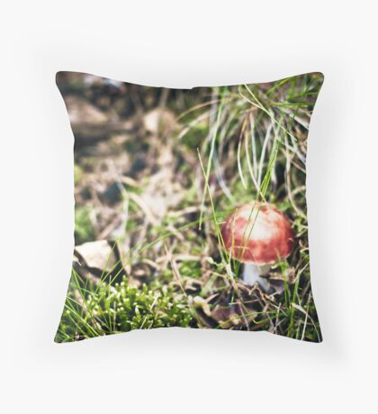 Bright red mushrooms.. tempted Throw Pillow