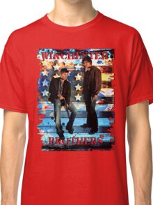 Sam & Dean Winchester - on the Road Classic T-Shirt