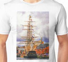 Old New England v2 Unisex T-Shirt