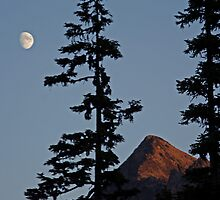 North Cascades Moonrise  by DavesPhoto