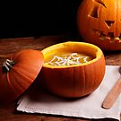 Halloween pumpkin soup by Vilma Bechelli
