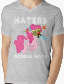 Pinkie Pie haters gonna hate with Text Mens V-Neck T-Shirt