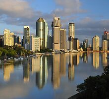 Brisbane City & River at dawn. Queensland, Australia.  by Ralph de Zilva