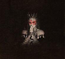 Queen Ravenna by finnickodair