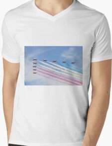 The Red Arrows at Airbourne Mens V-Neck T-Shirt