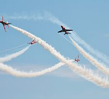 Red Arrows at Airbourne by David Fowler