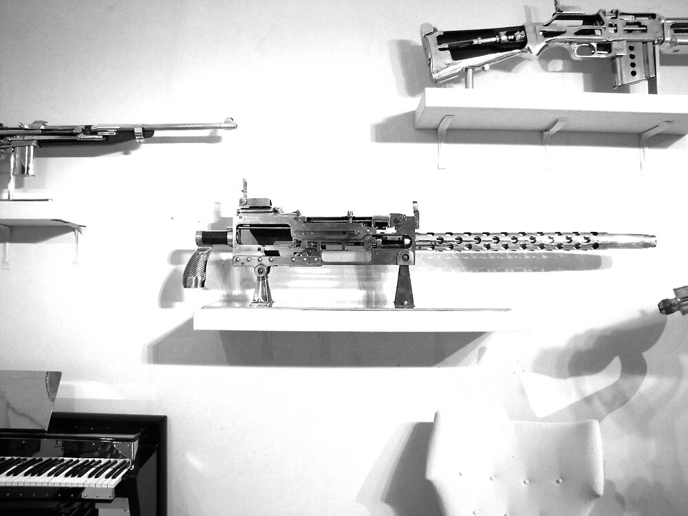 Antique World World 2 Machine Gun by biancamac