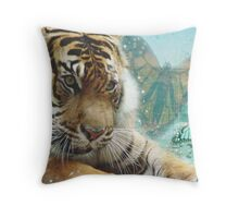 Expression Tiger Throw Pillow