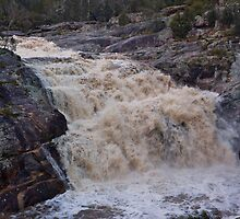 Woolshed Falls after biggest September deluge in 56 years by Travis Easton