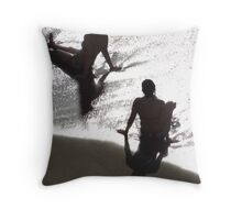 Sunlight, shade, water, sand - silhouettes I nature's artwork Throw Pillow
