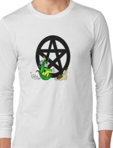 Faerie with Racing Snail and Pentacle Long Sleeve T-Shirt
