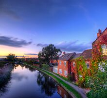 Loughborough Canal Sunset  by Yhun Suarez