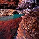 Red Rock Paradise - Kermits Pool - Hancock Gorge - Karijini NP by Matt  Streatfeild
