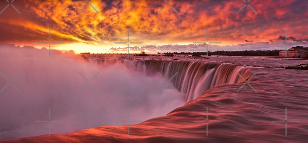 Horseshoe Falls at sunrise by (Tallow) Dave  Van de Laar