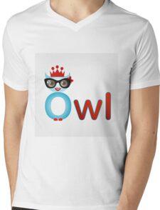 Friendly owl wisdom Mens V-Neck T-Shirt