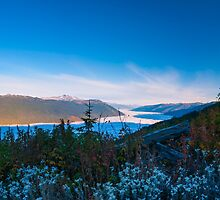 Morning Mountain view  by RevelstokeImage