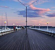 Torquay Pier by Lissywitch