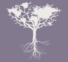 Earth tree *pearl white Kids Tee