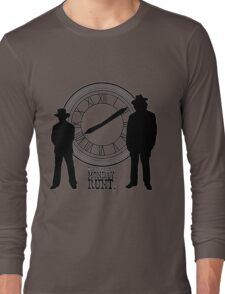 Eight o'clock, runt. Long Sleeve T-Shirt