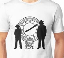 Eight o'clock, runt. Unisex T-Shirt