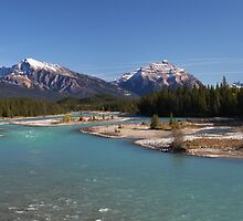 Icefields Parkway by helenlloyd