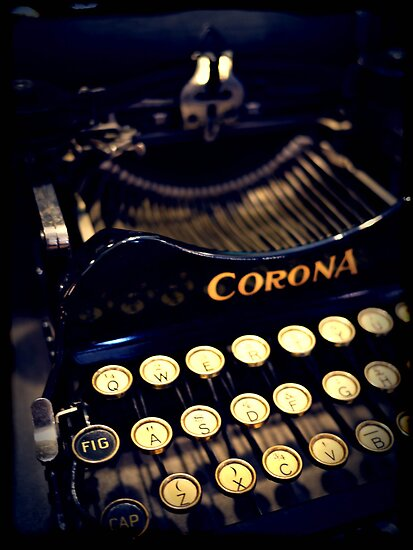 Vintage typewriter by Phoenix55