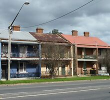 Terrace houses, Sloane Street, Goulburn by DashTravels