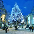 Christmas Shopping in Cardiff by Artberry