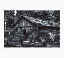 Log Cabin BW Kids Clothes