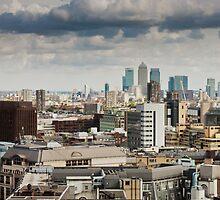 London by Bartosz Chajek