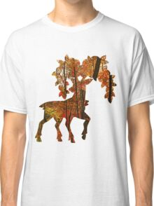 Sawsbuck (autumn) used horn leech Classic T-Shirt