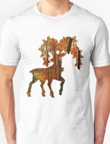 Sawsbuck (autumn) used horn leech T-Shirt