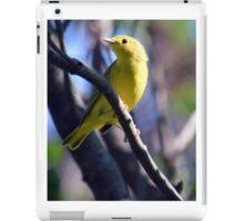 Yellow Warbler sitting in tree iPad Case/Skin