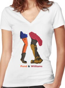 Pond & Williams Women's Fitted V-Neck T-Shirt
