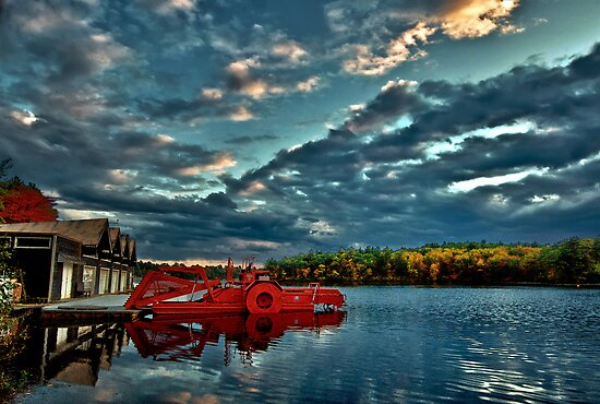 Waban Lake, Massachusetts  by LudaNayvelt