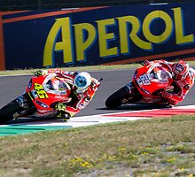 Valentino Rossi & Nicky Hayden in Mugello 2011 by corsefoto