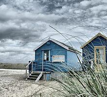 Hut stuff!  Oh what a hutty... by rathergoodphoto