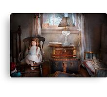 Children - Toy - A little girls room  Canvas Print