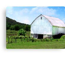 White Barn in Hocking Hills  Canvas Print
