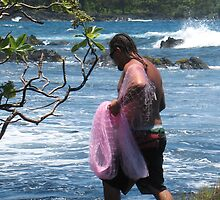 Uncle Bradley:  Hawaiian Thrownet Fisherman by ronholiday
