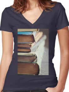 Well-loved Women's Fitted V-Neck T-Shirt