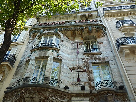 Built in 1904 by Jules Lavirotte by bubblehex08