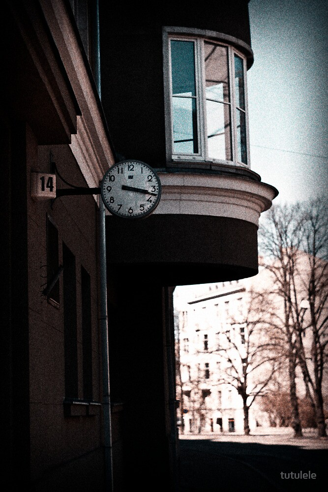 The Time? by tutulele
