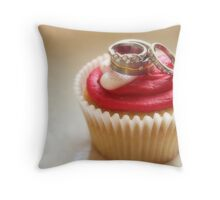 I Do (Love Cupcakes) Throw Pillow
