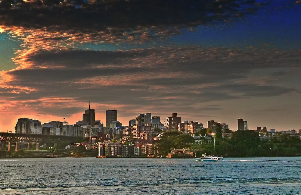 Sydney sunset by Linda Sparks